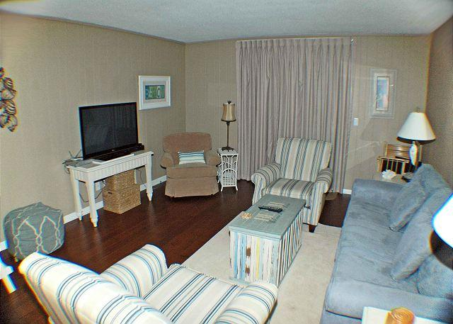 Ocean Club 25- Oceanside Townhouse - Image 1 - Hilton Head - rentals