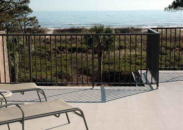 Ocean Club 40 - Rooftop Deck!! Ocean Front - Image 1 - Hilton Head - rentals