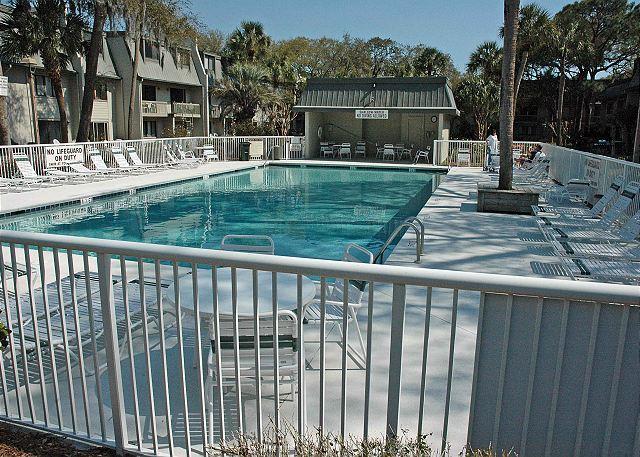 Surf Court 62 - Forest Beach 1st Floor Flat - Image 1 - Hilton Head - rentals