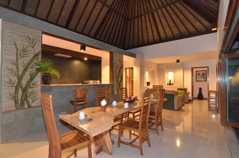 Dining room 2 - Villa Maia: 2 bed, Open Plan, Rice Field Setting - Ubud - rentals