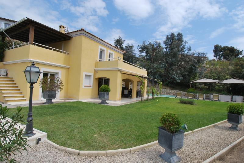 Villa near Cannes with Pool - Villa Mimont - Image 1 - Cannes - rentals