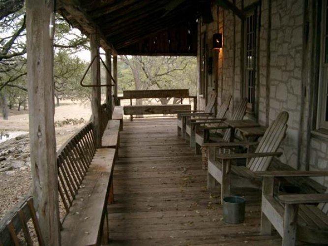 Hill Country Bungalow - Image 1 - Fredericksburg - rentals