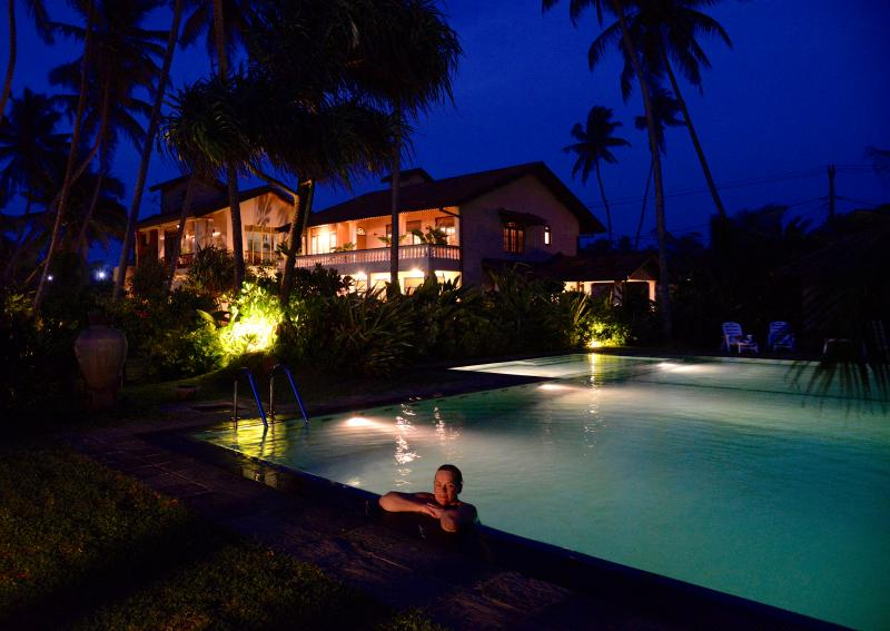 Taking a moonlight dip in the pool - Max Wadiya an idyllic beach property in Sri Lanka - Hikkaduwa - rentals