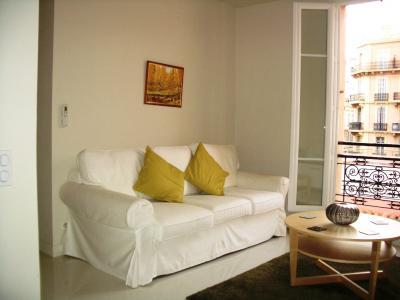 Meynadier White- Excellent 2 Bedroom in Cannes by the Sea - Image 1 - Cannes - rentals