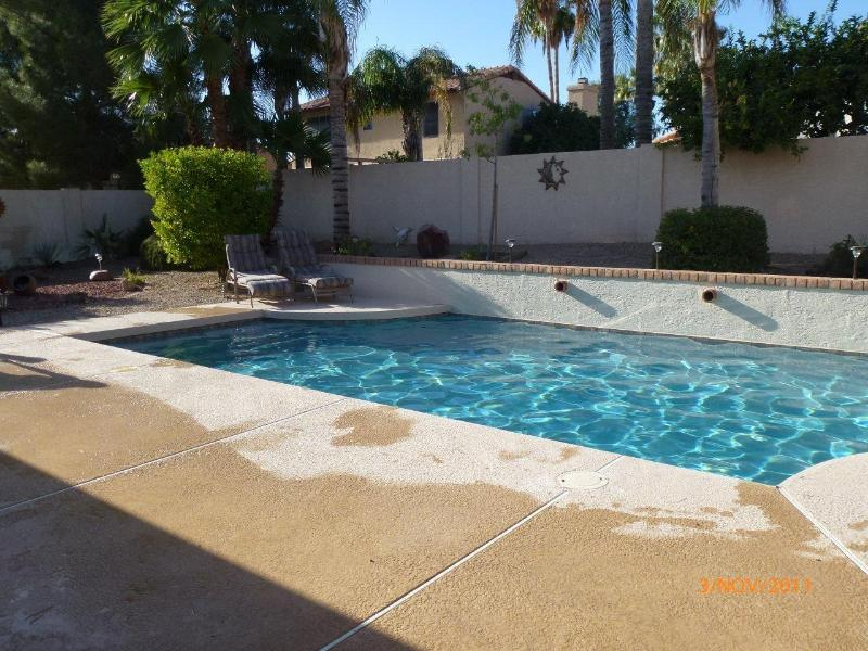Heated PebbleTec Pool in Large Garden with Great Deck, Covered Patio and 3 Fruit Trees - Luxury 3 Bed 2 Bath Villa with Own Heated PebbleTec Pool - Scottsdale - rentals