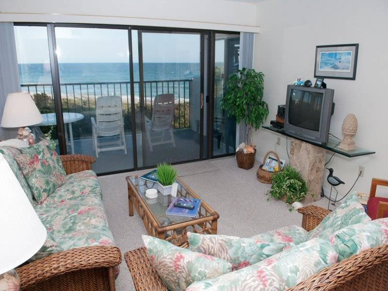 Sound of the Sea 202 W - Image 1 - Emerald Isle - rentals