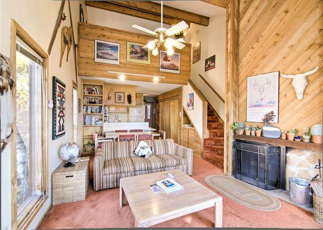 Idyllic 1 Bedroom & 1 Bathroom House in Angel Fire (LT D-3) - Image 1 - Angel Fire - rentals