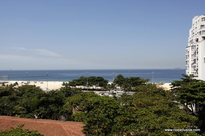 Rio050 - Apartment in Copacabana with ocean view - Image 1 - Copacabana - rentals