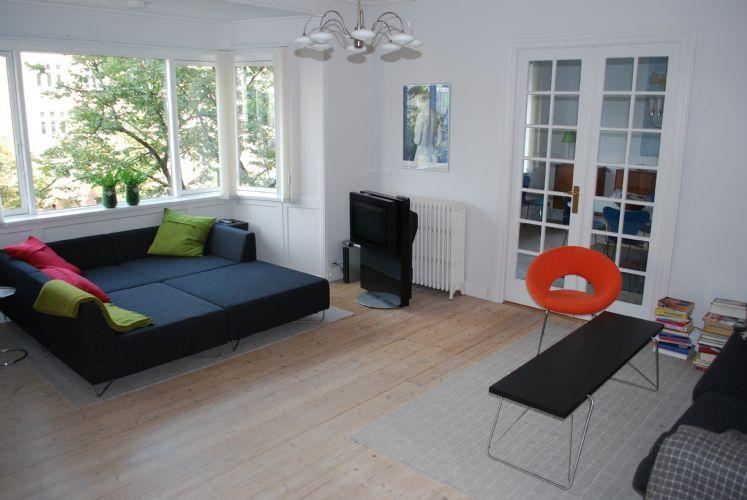Julius Thomsens Gade Apartment - Large Copenhagen apartment close to Forum Metro - Copenhagen - rentals