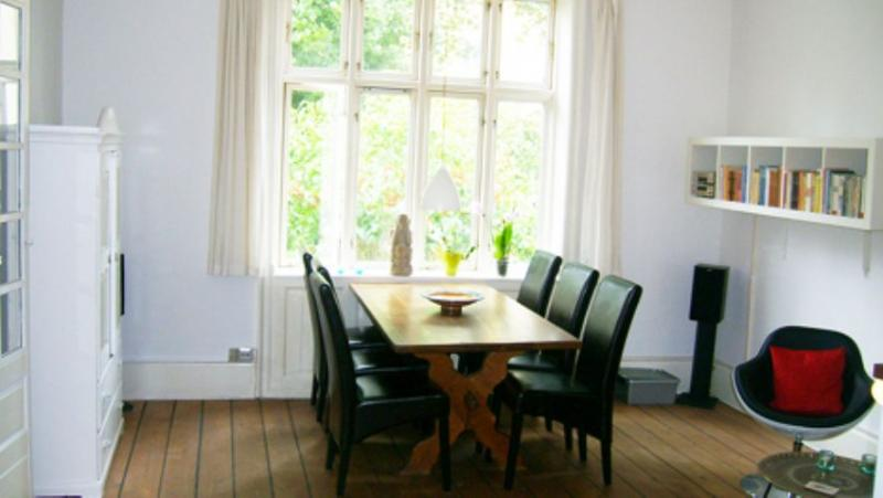 Howitzvej Apartment - Copenhagen apartment with lovely courtyard - Copenhagen - rentals