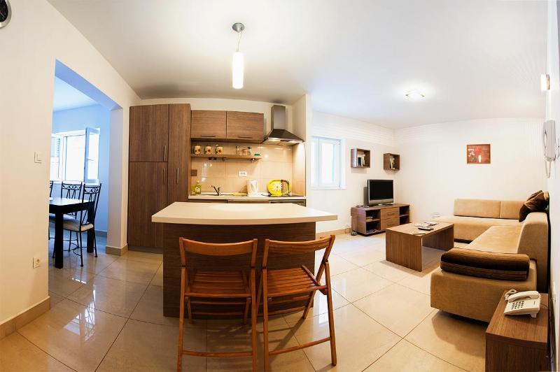 Open Plan - Beautiful 4 star apartment in centre of Split - Split - rentals