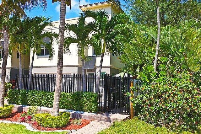 Street View - Fort Lauderdale's Most Popular Vacation Home-POOL! - Fort Lauderdale - rentals