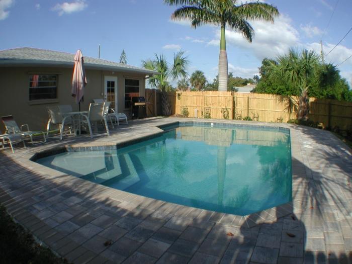 Like Haven, Vanderbilt Beach Area - Image 1 - Naples - rentals