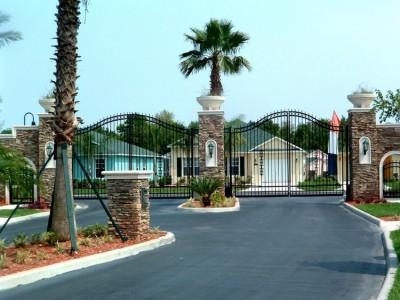Gated Vacation Resort Beside Disney Florida - BEAUTIFUL 4 BED, 3 BATH WITH PRIVATE HEATED POOL - Davenport - rentals