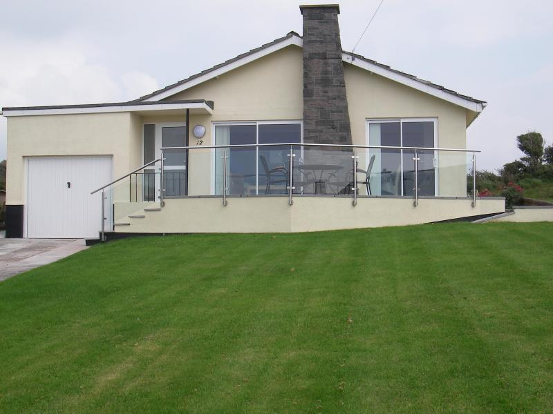 Kanangra - Kanangra. Comfort with spectacular sea views. - Hope Cove - rentals