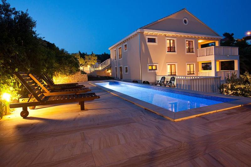 Stunning 5 star property, pool, parking & sea view - Image 1 - Brac - rentals
