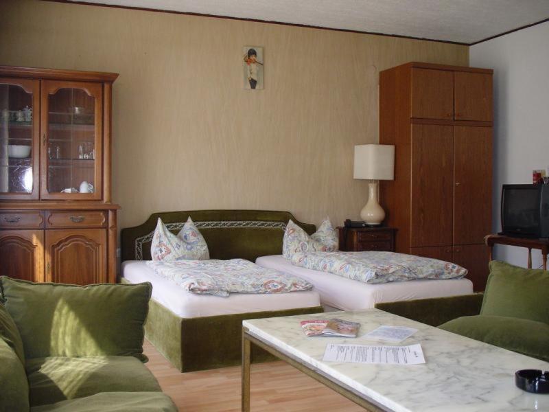 Master Bedroom (1) - Vacation Apartment in Düsseldorf - central, nice, cozy (# 1768) - Düsseldorf - rentals