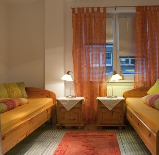 Master Bedroom (1) - Vacation Apartment in Wiesbaden - comfortable, central (# 1811) - Wiesbaden - rentals