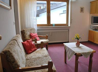 Vacation Apartment in Garmisch-Partenkirchen - 301 sqft, comfortable, near hiking trails, balcony or… #1923 - Vacation Apartment in Garmisch-Partenkirchen - 301 sqft, comfortable, near hiking trails, balcony or… - Garmisch-Partenkirchen - rentals