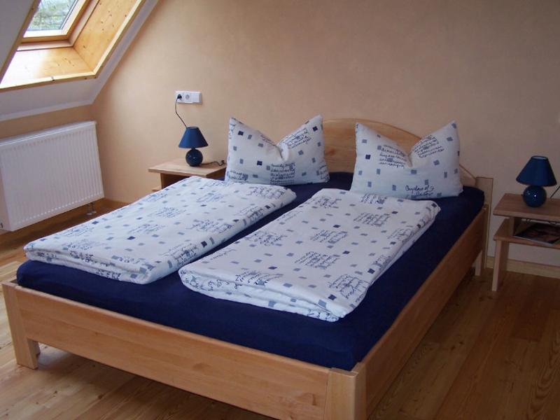 Master Bedroom (1) - Vacation Apartment in Eichstetten am Kaiserstuhl - 721 sqft, located near vineyard, peaceful, cozy,… - Boetzingen - rentals