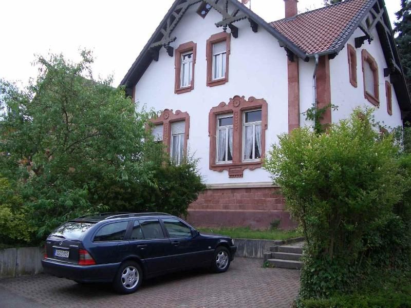 Vacation Apartment in Bad Bergzabern - 431 sqft, historic house, beautiful garden, great apartments… #1067 - Vacation Apartment in Bad Bergzabern - 431 sqft, historic house, beautiful garden, great apartments… - Bad Bergzabern - rentals