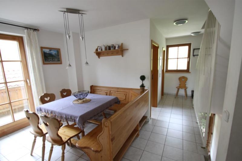 Vacation Apartment in Garmisch-Partenkirchen - 990 sqft, nice, clean, relaxing (# 962) #962 - Vacation Apartment in Garmisch-Partenkirchen - 990 sqft, nice, clean, relaxing (# 962) - Garmisch-Partenkirchen - rentals