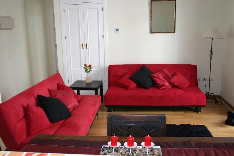 2 Bedroom Apt. in Heart of Jerez de la Frontera, - Image 1 - Jerez De La Frontera - rentals