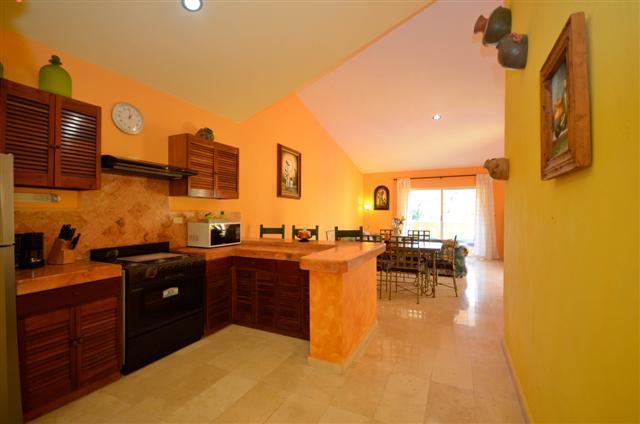 Large open kitchen - CHAC HA PLAYACAR FASE II, beach club card included - Playa del Carmen - rentals