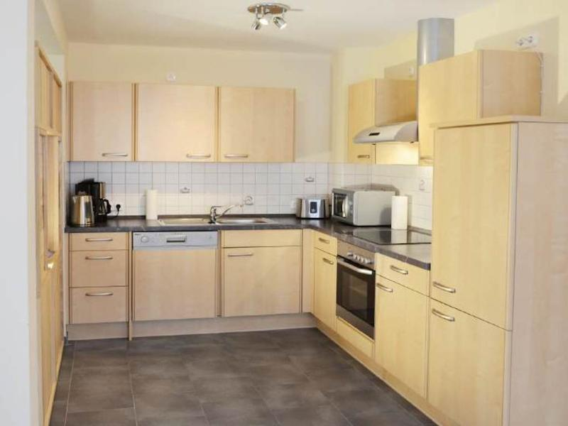 Kitchen (1) - LLAG Luxury Vacation Apartment in Ruhpolding - 972 sqft, centrally located, quiet, 4 stars (# 114) - Ruhpolding - rentals