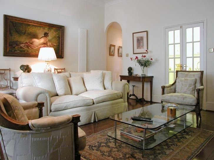 Beautifully Decorated Living Room - USD-2 Bdrm Flat, Beaufort Gardens, Beauchamp Place - London - rentals