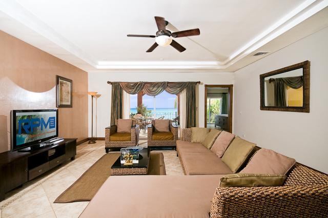 Great Room - Luxury Ocean Front Condo in Langosta - Tamarindo - rentals