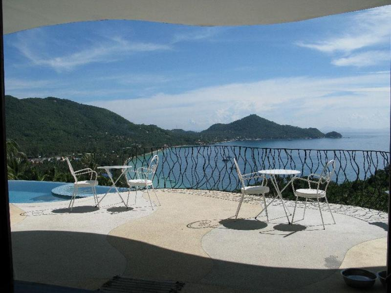 """Upper"" villa sun deck - Monkey Flower Villas ""Upper"" villa and ""Lower"" villa suite (optional) - Koh Tao - rentals"