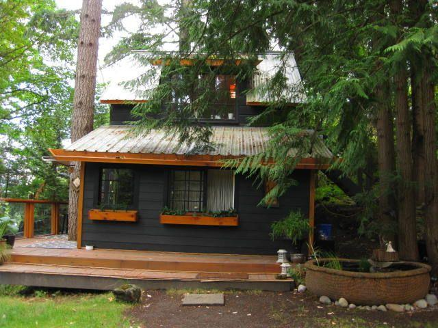 West Coast WIlderness Feel - Deep Cove North Saanich/Vancouver Island Cottage - British Columbia - rentals