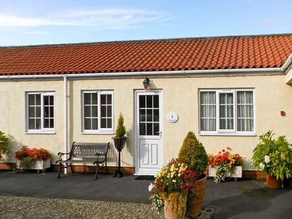 RICHMOND COTTAGE, pet friendly, country holiday cottage, with a garden in Malton, Ref 8204 - Image 1 - Malton - rentals