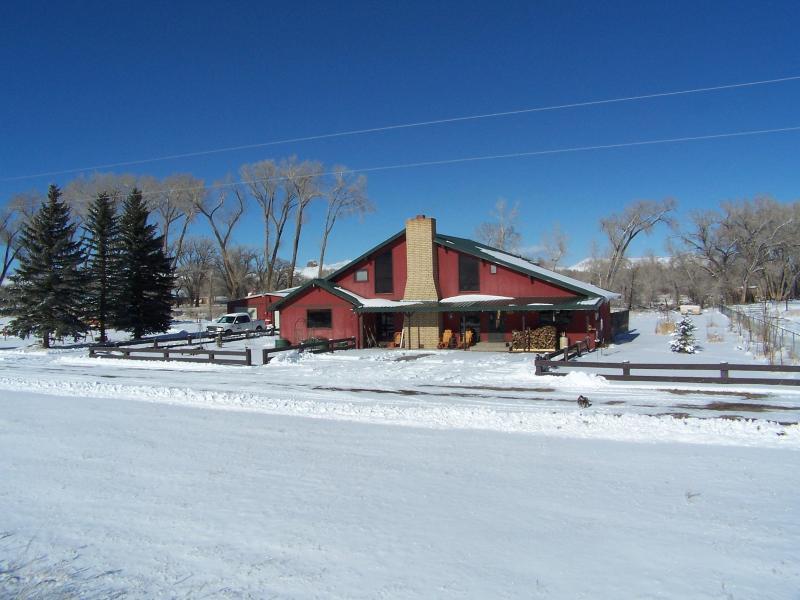 AppleLodge with snow - 3 Bedrm Lodge near Del Norte in Southern Colorado - Del Norte - rentals