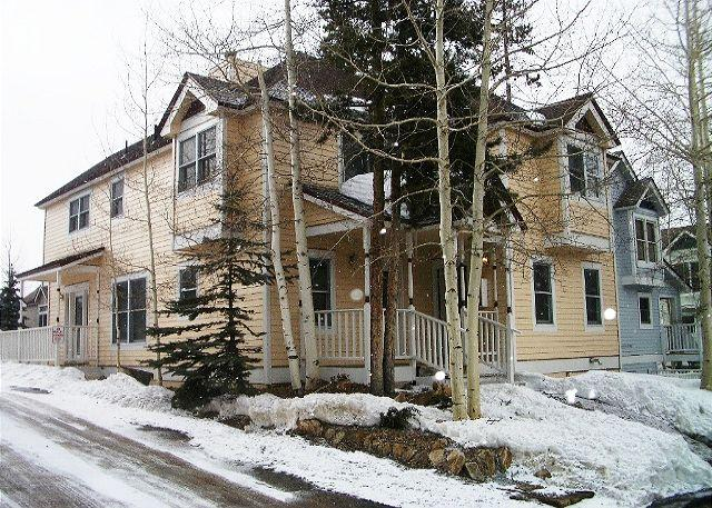 A Building Exterior - Winter - French Ridge A2 2BD/2Bath - Breckenridge - rentals