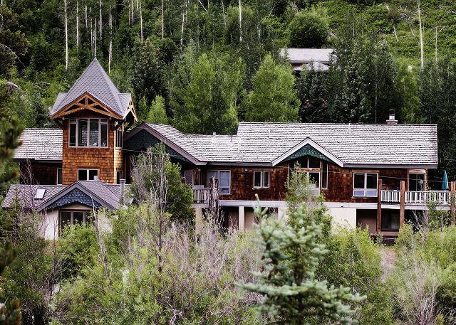 Exterior of 3827 Lupine - 3827 Lupine - Amazing Home in East Vail - Vail - rentals