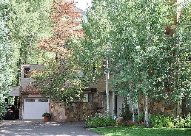 Luxury home near the Vail Golf Course - Image 1 - Vail - rentals