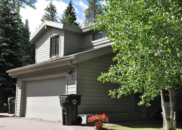 Exterior of 4484 Streamside Circle - Lovely Creekside Home in East Vail - Vail - rentals