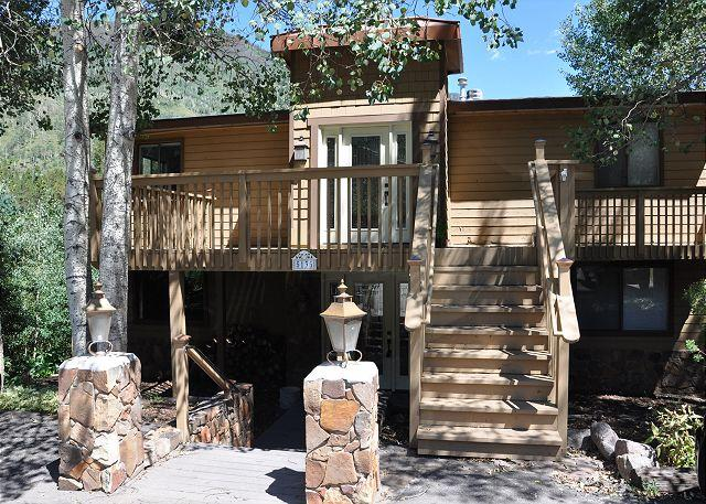 Exterior of 5135 Black Bear Lane - 5135 Black Bear Lane, Vail Rental - Beautiful Duplex in East Vail - Vail - rentals