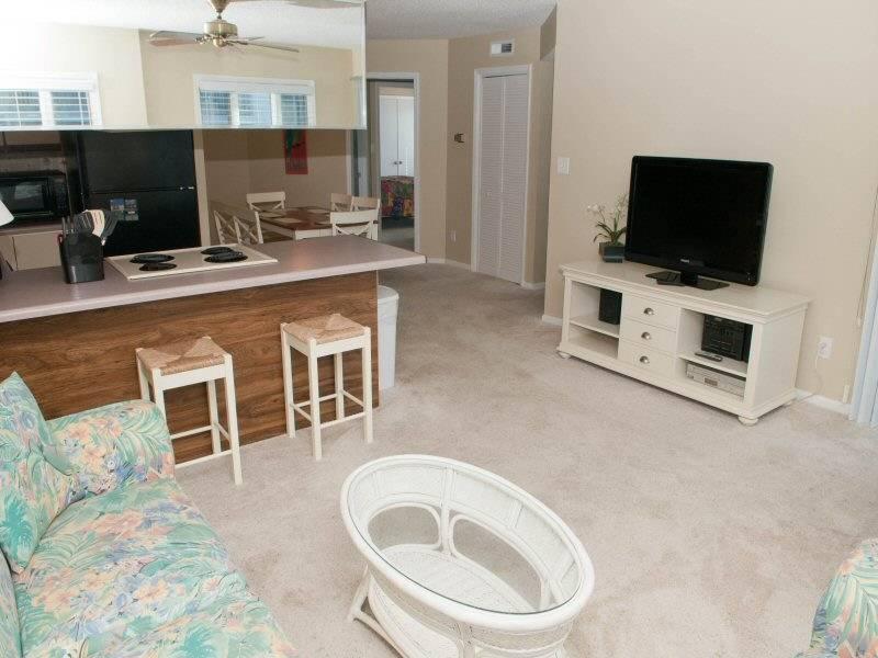 Pebble Beach E204 - Image 1 - Emerald Isle - rentals