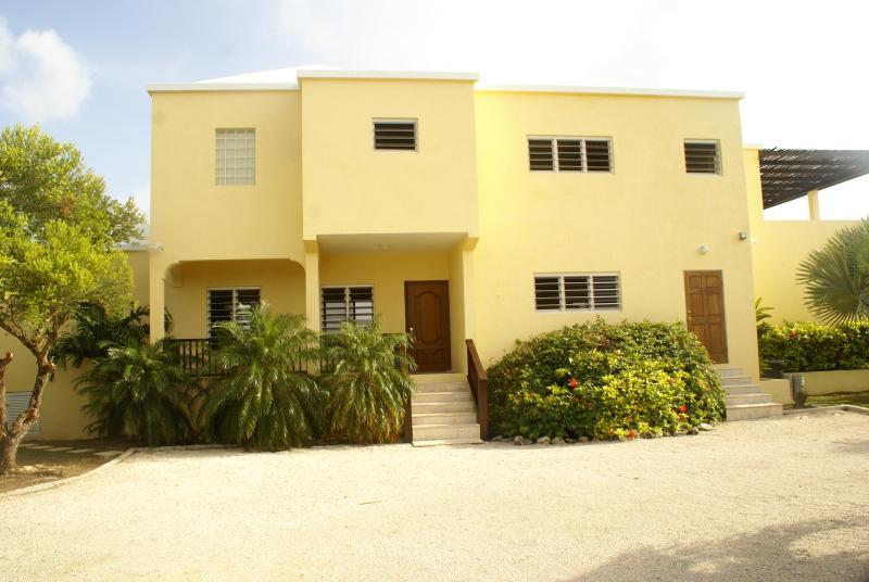 Westgreen Entrance - Westgreen Villa - West End - rentals