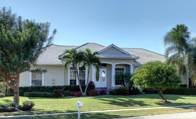 TIGERTAIL COURT - 4 Bedroom Coastal Villa Walking Distance to Tigertail Beach! - Image 1 - Marco Island - rentals