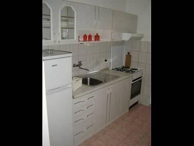 A1(4): kitchen - 4906  A1(4) - Sukosan - Sukosan - rentals