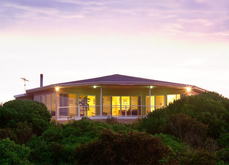 Kangaroo Island Luxury-Malibu Lodge - Image 1 - American River - rentals