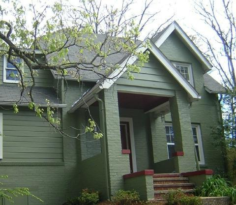 one mile to Main St. in Historic neighborhood - Kensington House - Fireplace, hot tub, wifi, 3 br - Hendersonville - rentals