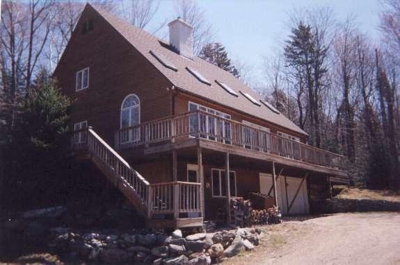 Driveway View - Spectacular home in Killington -Hot Tub Sauna WiFi - Killington - rentals