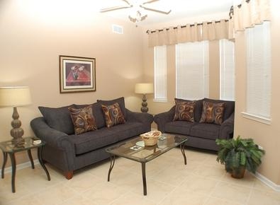 Beautiful Living Room - Ridge Castle - Davenport - rentals