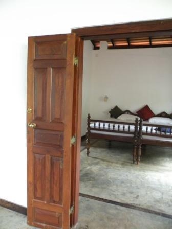 Large spacious bedrooms - Dalawella House - Unawatuna - rentals