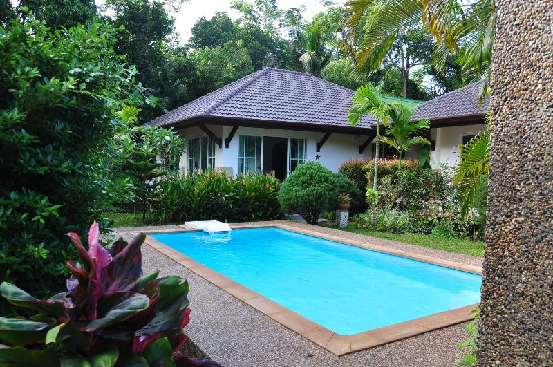 "swimming pool - Cosy Villa Cottage ""H1"" close to Andaman Sea - Ko Lanta - rentals"